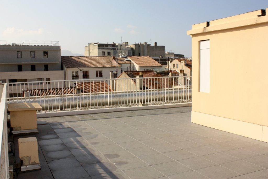 Vente appartement 4 pieces de 90 m2 13008 marseille 2538 for Appartement toit terrasse marseille 13008